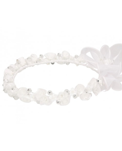 White wreath 104
