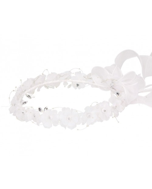 White wreath 105