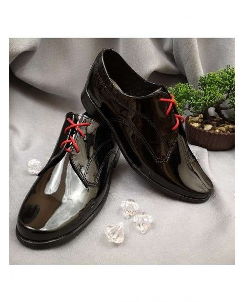 Shoes Black Lacquered