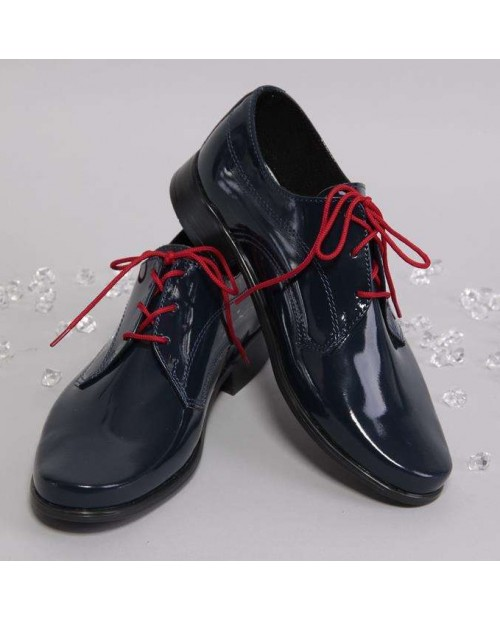 Blue lacquered shoes